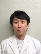 山下貴大医師の顔写真