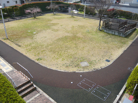 屋外のリハビリ広場